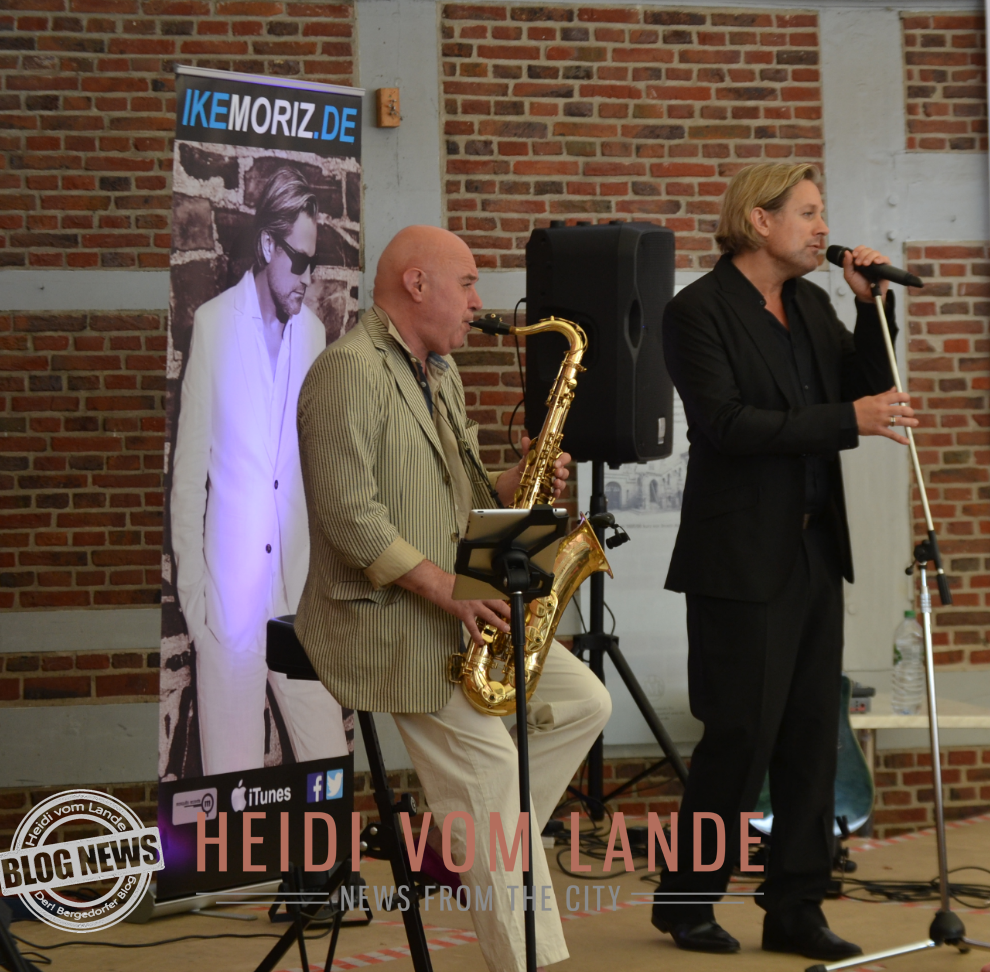 Ike Moriz, Kapstadt, Heidi vom Lande, Deutschlandtour, Tournee, Deutschland, Norddeutschland, Album, Sing, Indie Pop/Rock, Latin, Blues, Südafrika, Jazz, Popstar, Produzent, Schauspieler, Südafrika Nr. 1