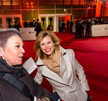 Leslie Malton, Goldene Kamera, 2018, Funke Mediengruppe, Gala, Musik, Schauspieler, TV, Serie, Verleihung, Preisträger, Fernsehfilm, Trophäe, gold, Hamburg