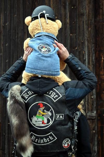 Kubikzwerge Reinbek, Mofa, Moped, Puch, Zündapp, Mofaclub, bei Hamburg, Mofateddy on Tour, Spendenaktion, Kinderhospiz Sternenbrücke, Patch, Mofahelden, Mofagruppe