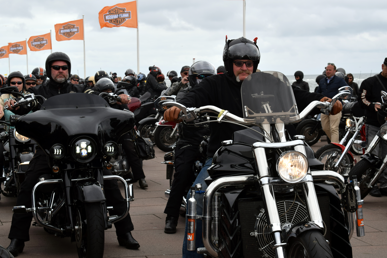 Harley Days Sylt, Harley-Tage, Sylt-Chapter, Westerland, List, Summertime-Party, Motorrad, Biker, Lebensgefühl, Event, edle Motorräder, Strandpromenade, Milwaukee-Irons, News, Nachrichten, Hamburg