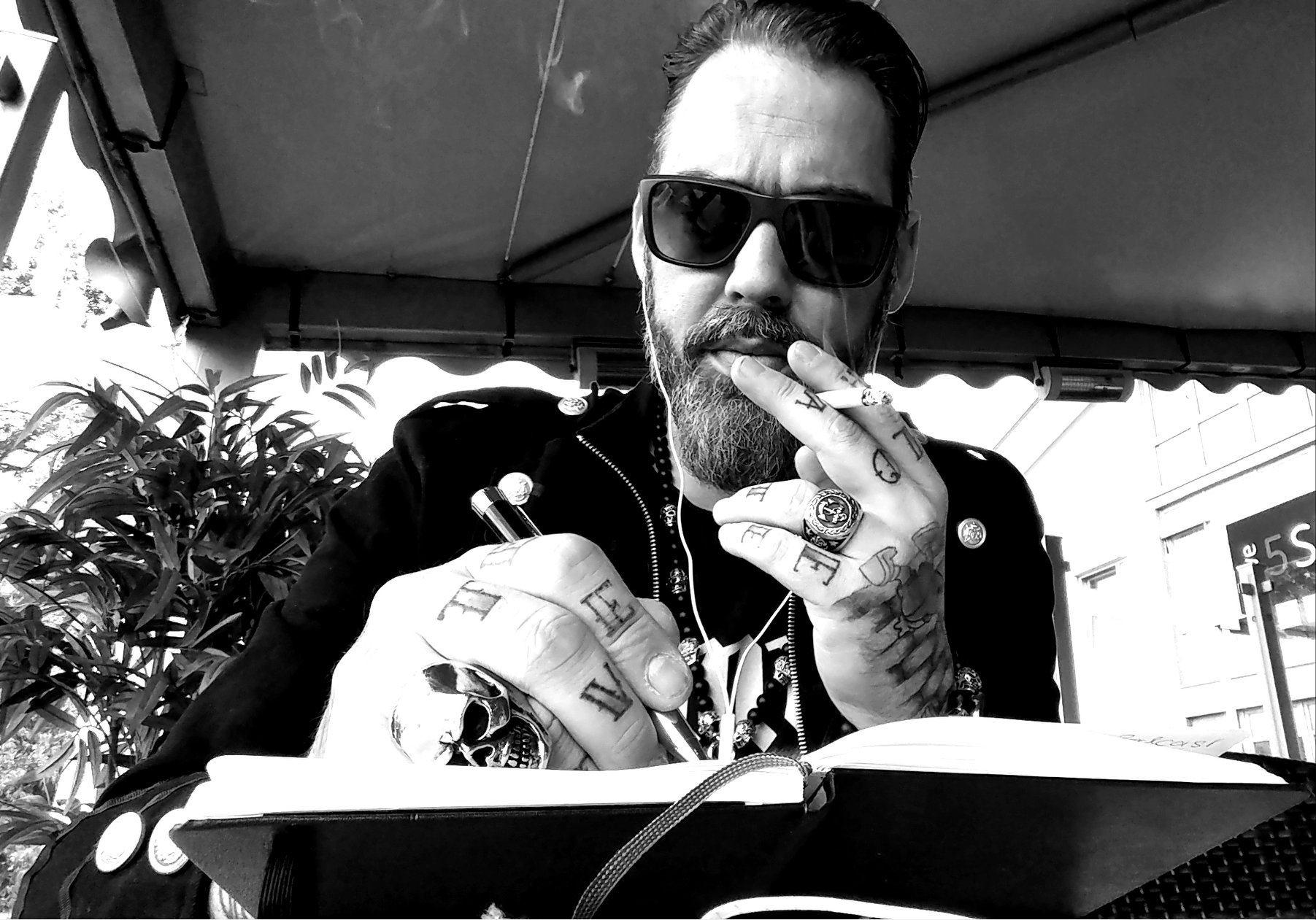Ranndy Frahm, BTN, Schauspieler, Kleindarsteller, Interview, Promi, Star, Ex-Star, Berlin Tag und Nacht, Berlin, Hamburg, Autor, News