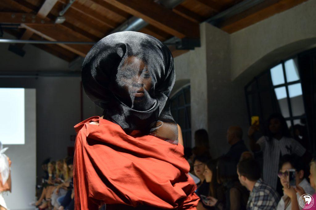 Fashion Week, Modemetropole, Mailand, Milano, Fashion, Trends, Looks, Designer, Fashion Vibes, Laufsteg, Runway Show, Heidi vom Lande, Fashionblogger, Oksana Kosareva