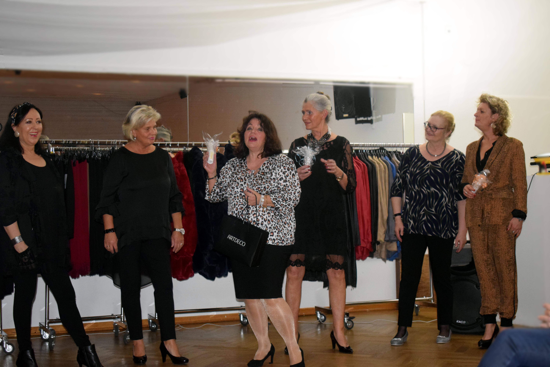 Mode, Modenschau, Anne Arendt, MCA, Mode, Chic, Arendt, Frauen zwischen 50 und 70 Jahren, Hamburg, Bergedorf, Nachrichten