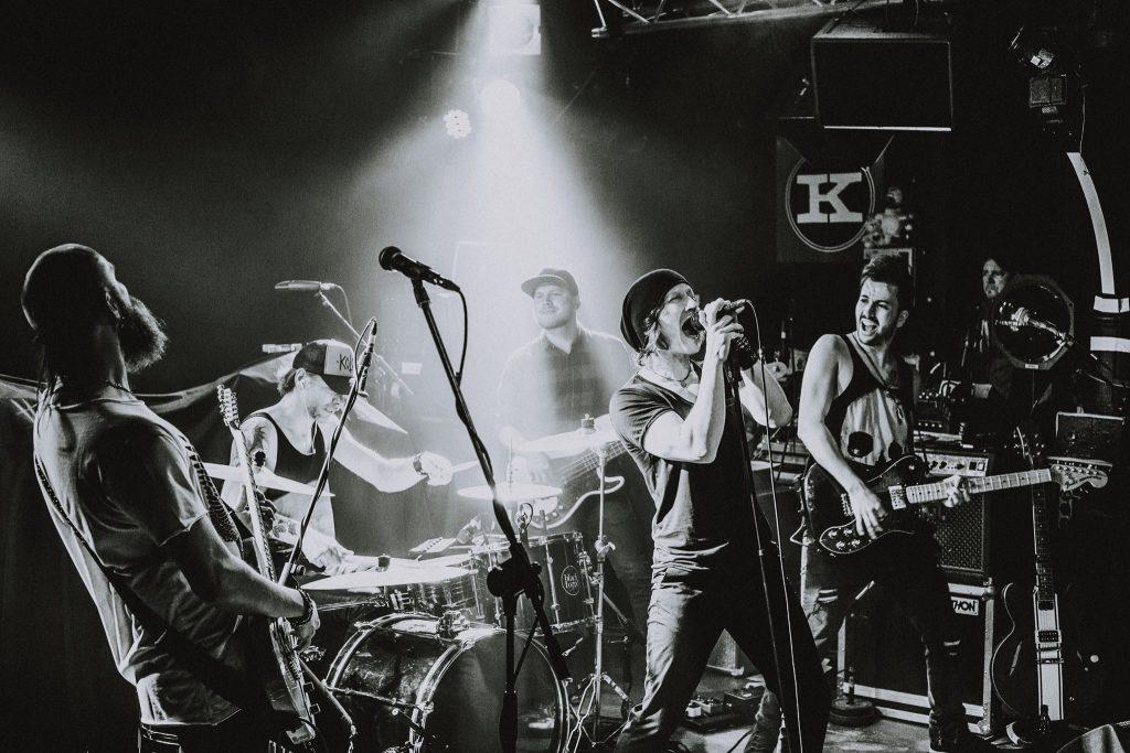 Into My Vault, Deutschlands neue Rockstimme, Hamburg, Sylvia Massy, Seether, Theory of a deadman, What you feel, Rockmusik, Grunge, Band, Bergedorf, Hamburg, Musiker