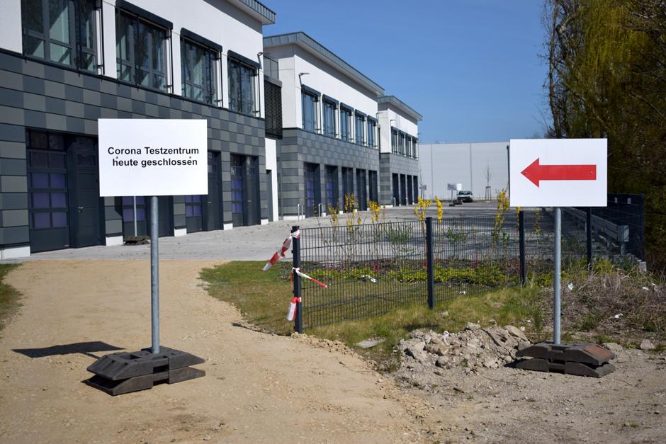 Corona-Testzentrum, Hamburgs erstes Testzentrum, Bergedorf, Schilfpark, Corona-Krise, Zufrieden, Ablauf, Antikörpertest, Dr. Brinckmann, Hamburger Senat, Nachrichten