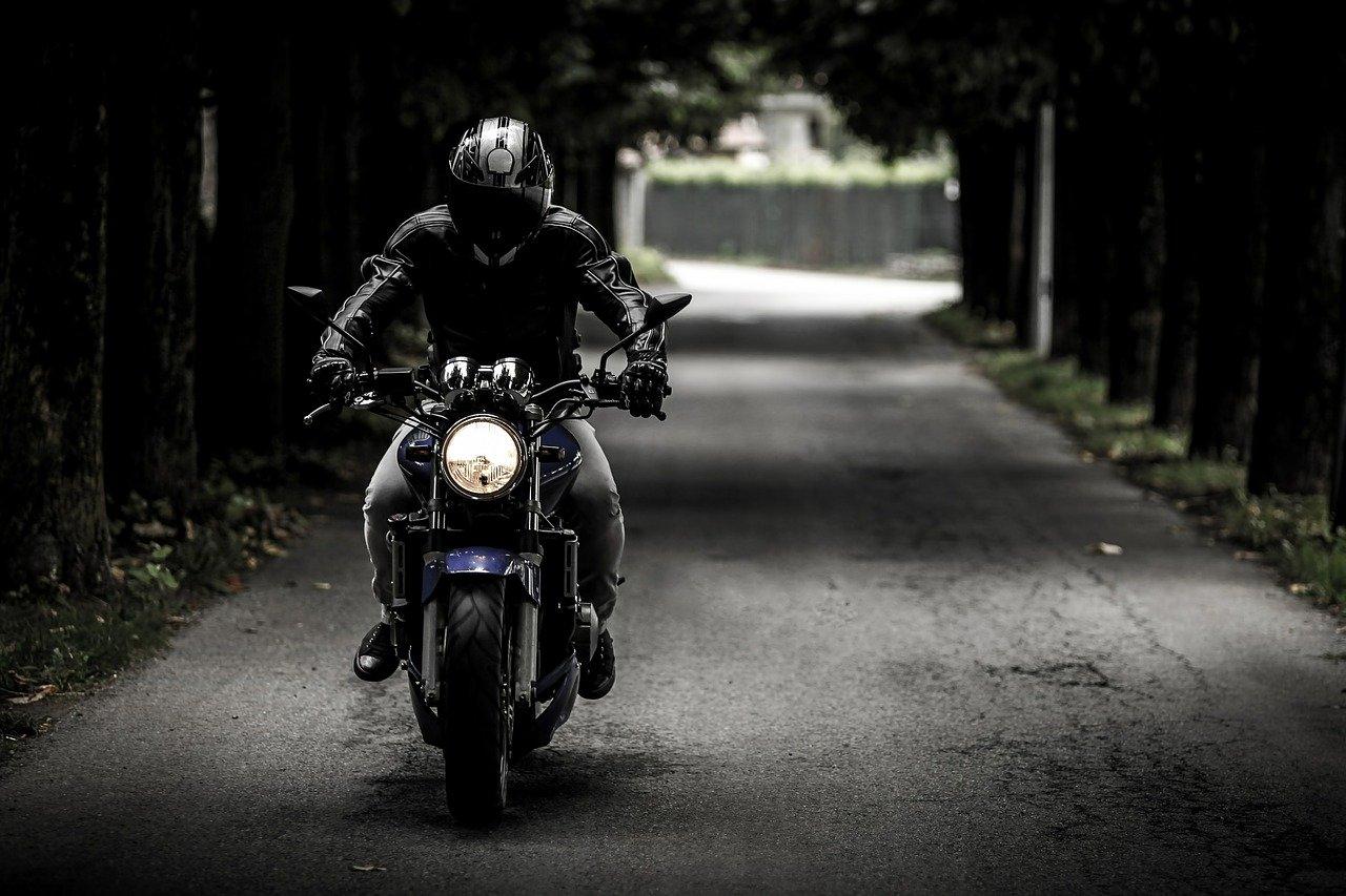 Motorrad, Bike, Anwohnerbeschwerden, Vier- und Marschlande, Bergedorf, Hamburg, Verkehrskontrollen, Geschwindigkeiten, Lärmbelästigung, Motorräder, Nachrichten