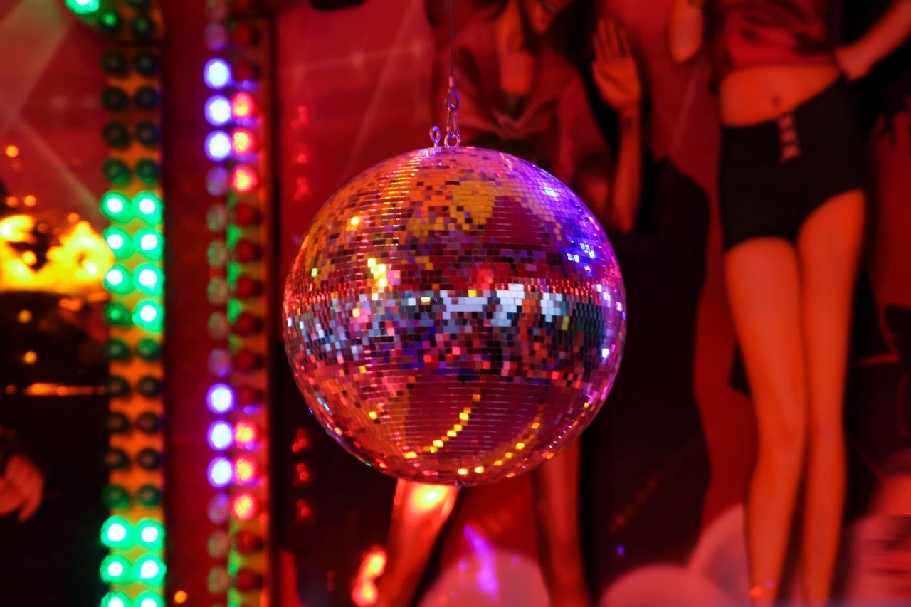 Disco, Norddeutschland, Diskothek, Norden, Tanzschuppen, Tanzlokal, Museumsdorf Cloppenburg, NDR, Dokumentation