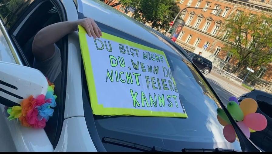 EVENTuell nie wieder-Aktion, Event-Branche, Demo, Auto, Busse, Hamburg, Berlin, Soloselbständige, Nachrichten